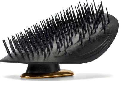 Manta Manta Hairbrush, goop, $30