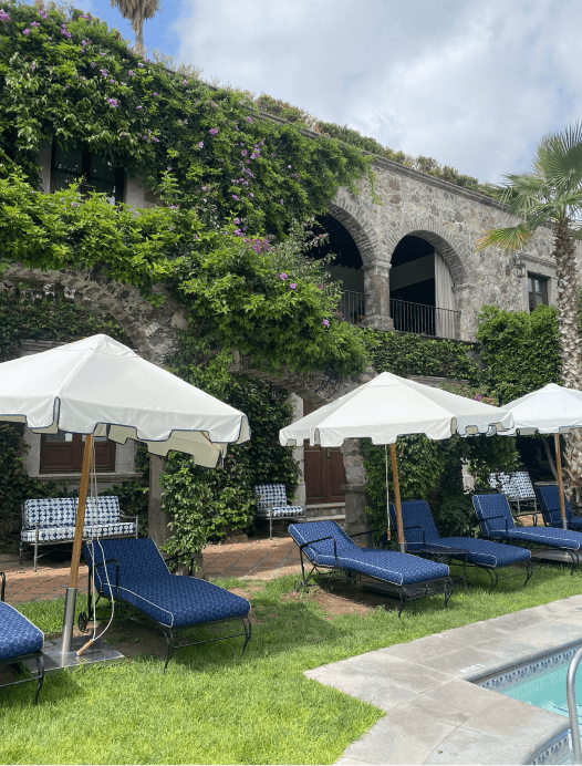 Casa de Sierra Nevada courtyard