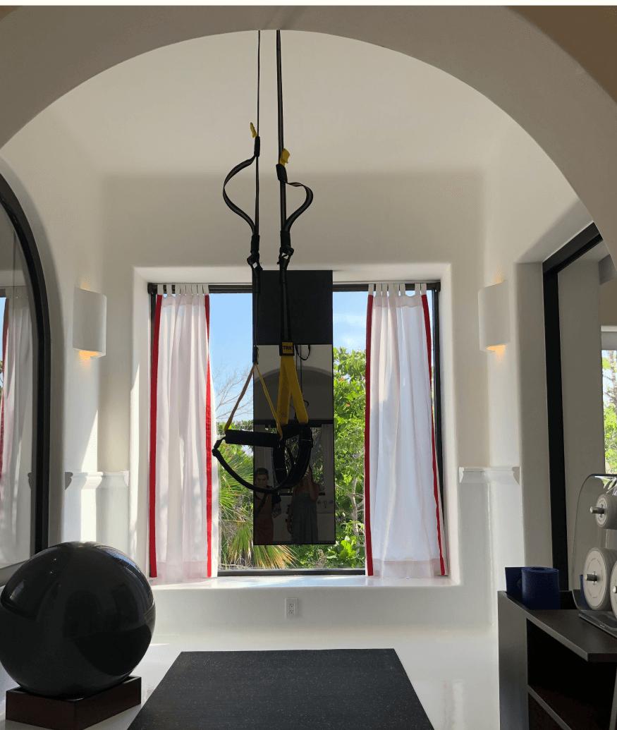 Hotel Esencia fitness room