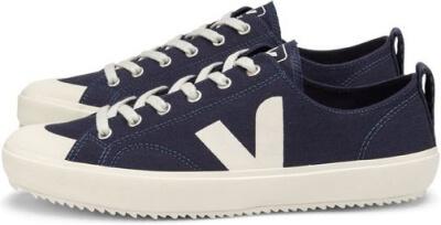 Veja Sneakers goop, $105