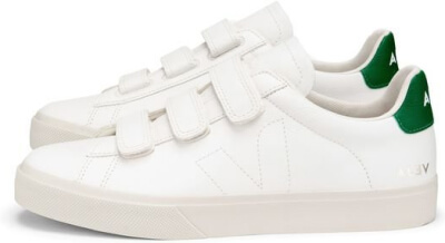 Veja Sneakers goop, $150