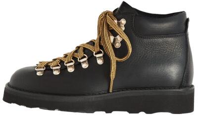 Toast boots goop, $435